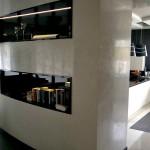 Loft z białym stiukiem wapiennym. Wykonawca Maestro  Decoratore tel.  503157856